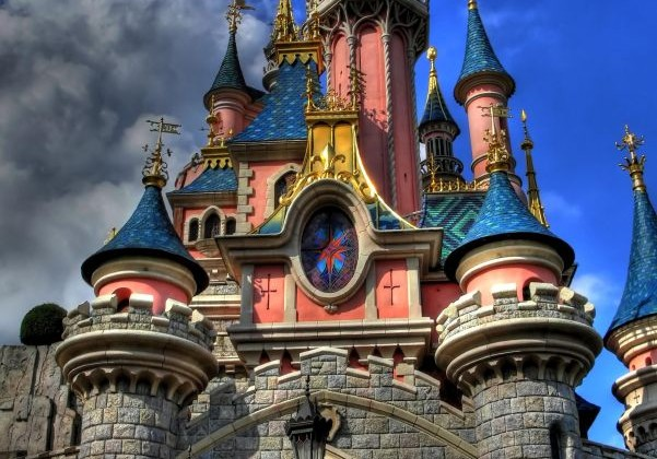 Disneyland sleeping beauty castle by bubble_gum on Flickr